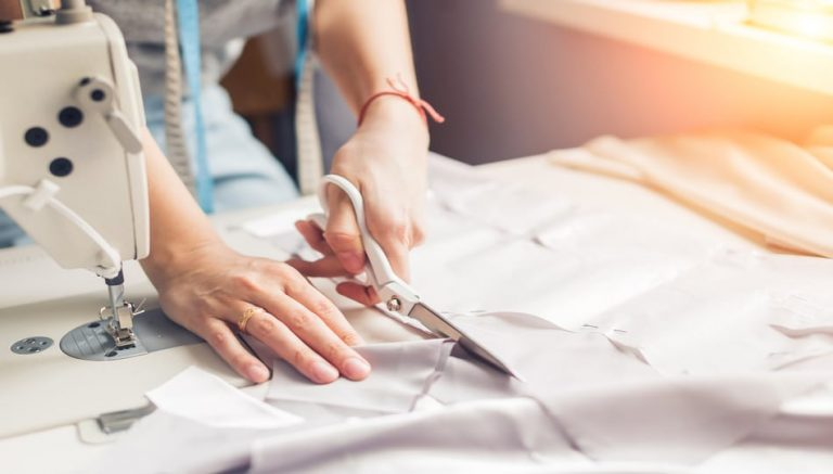 How to Make Clothes Bigger with a Sewing Machine tips featured by top US sewing blogger, The Sewing Korner