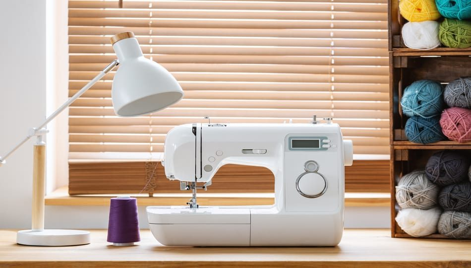 dreamstime_xxl_126522712 950 x 540 Guide to Finding the Best Sewing Machine for Under $300