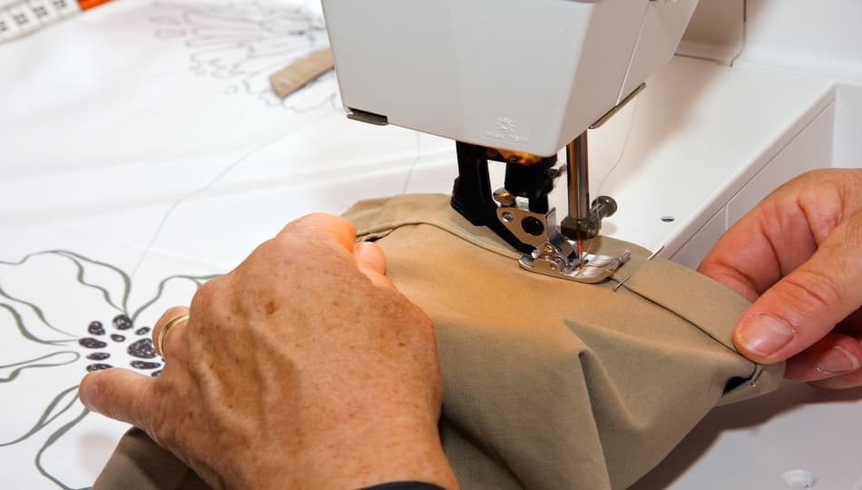 iStock-460550377 950 x 540 How to Sew a Hem With a Sewing Machine