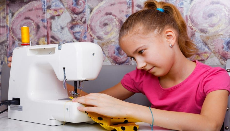 iStock-654258516 950 x 540 Best Sewing Machine for Teenagers