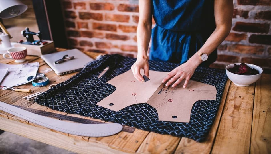 iStock-866947784 950 x 540 How to Sew a Dress From a Pattern